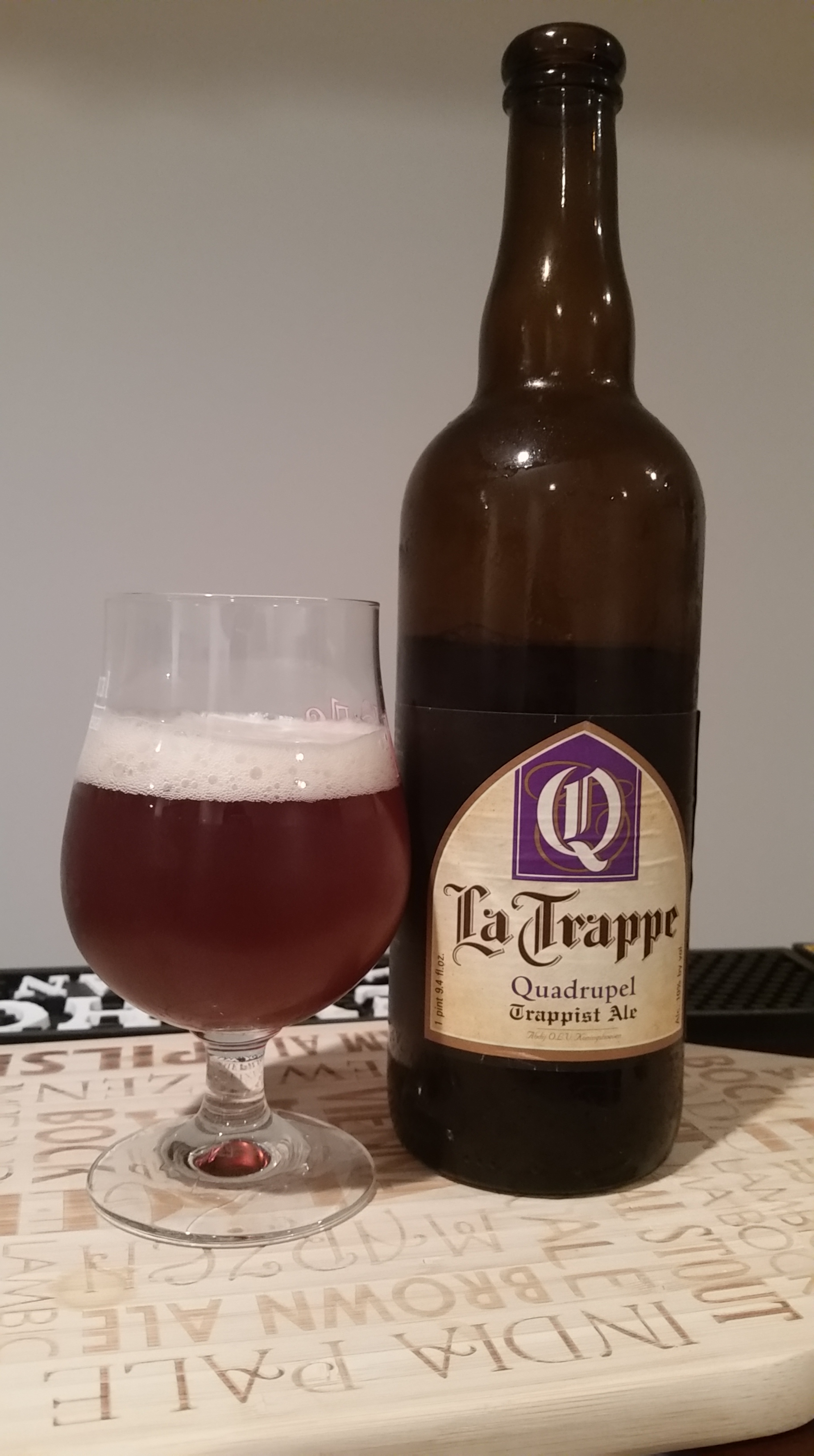 Picture of: Beer Review La Trappe Quadrupel Trappist Ale Horse And Dray